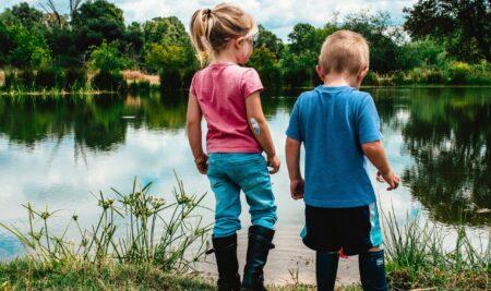 Insegnare ai bambini l'amore per la natura con il gioco